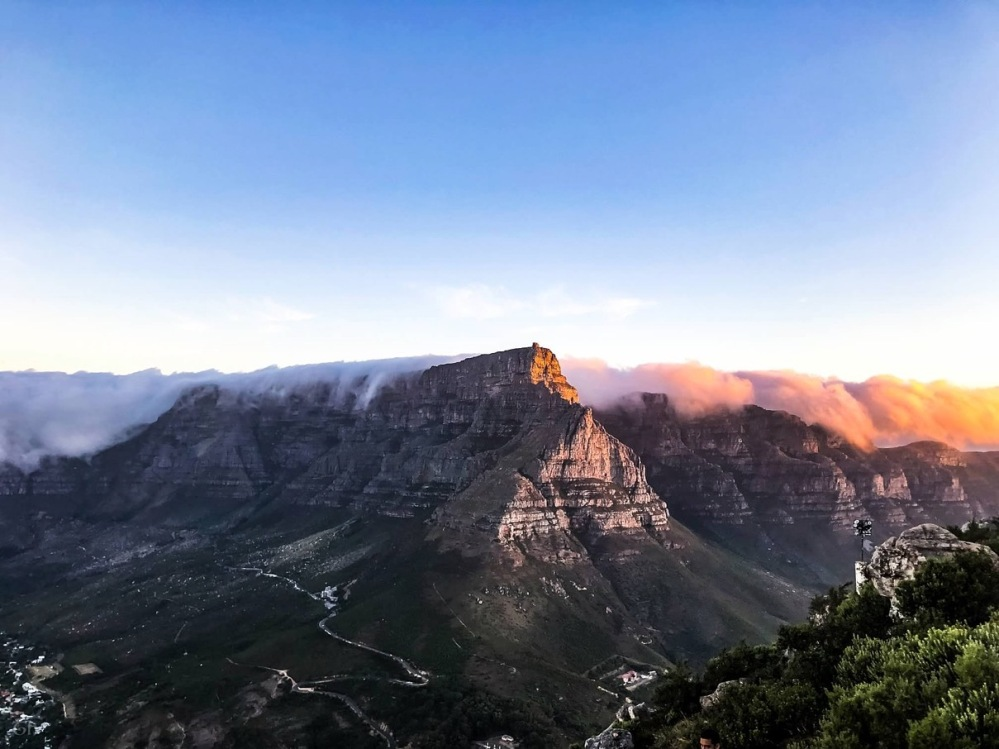 table mountain by bloggerinspo